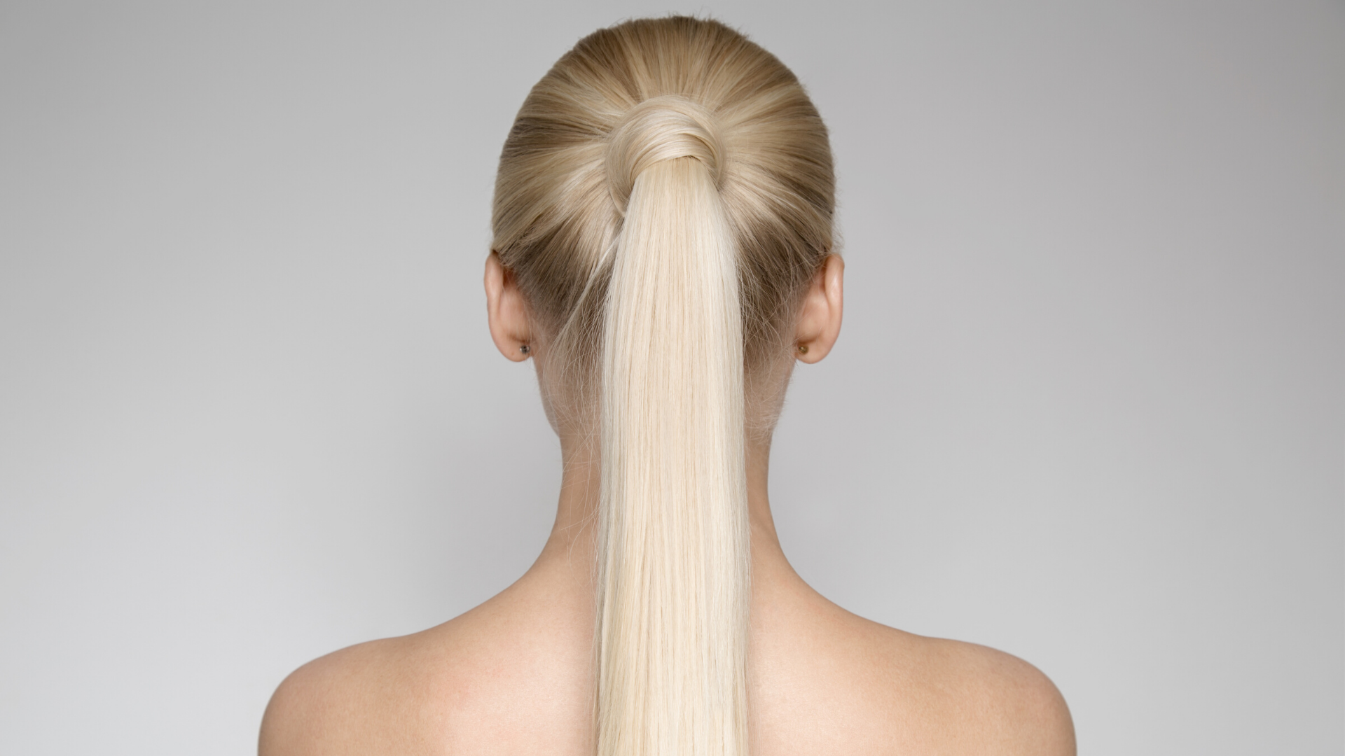 Style Ideas for Long Hair: The Knotted Pony