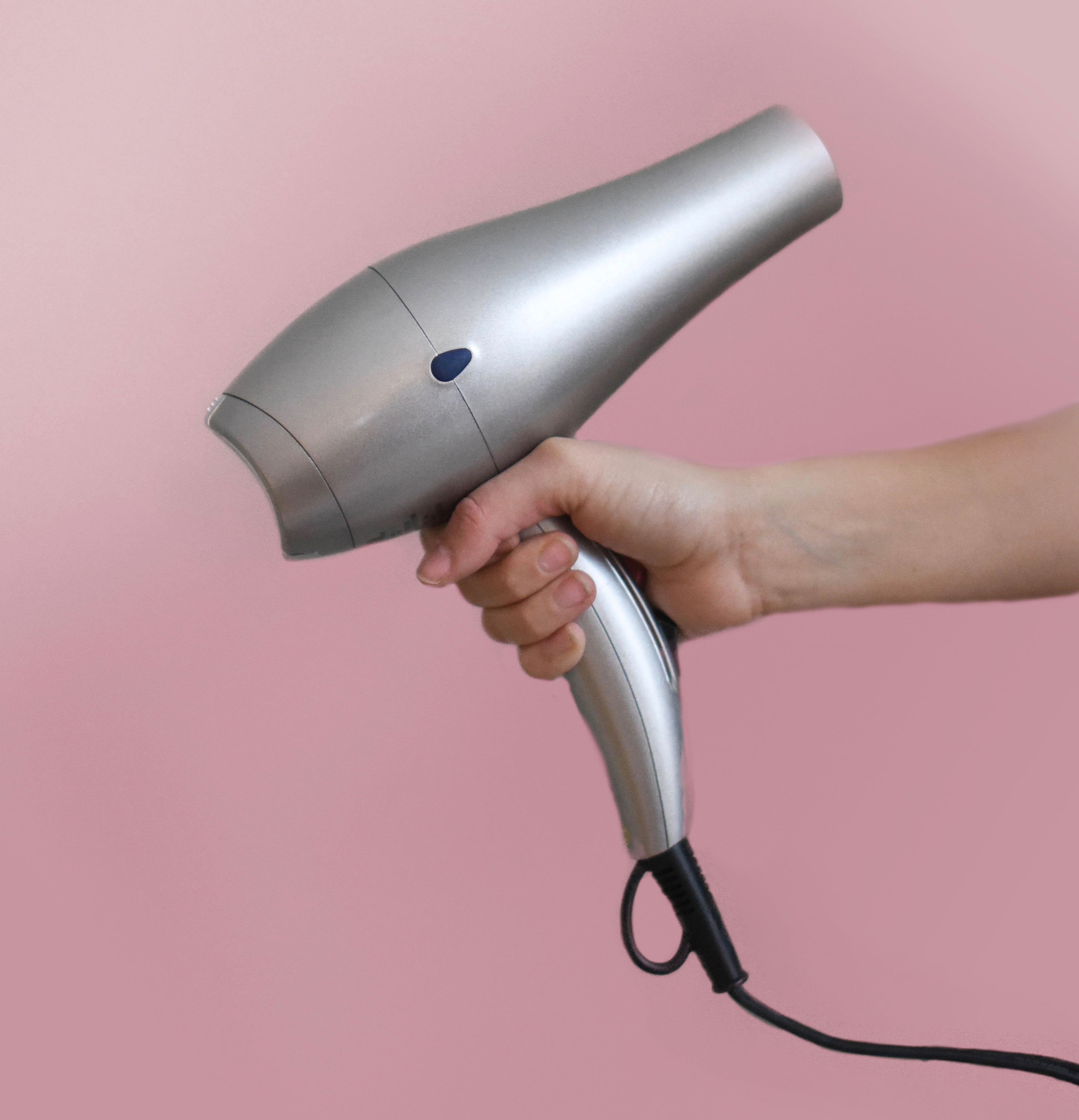 Prevent fly-aways with a cooler setting on the hairdryer